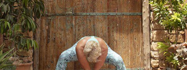 yoga 04 sq
